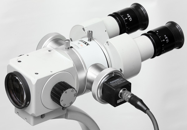 Zeiss OPMI to C-mount camera adapter on Zeiss instrument